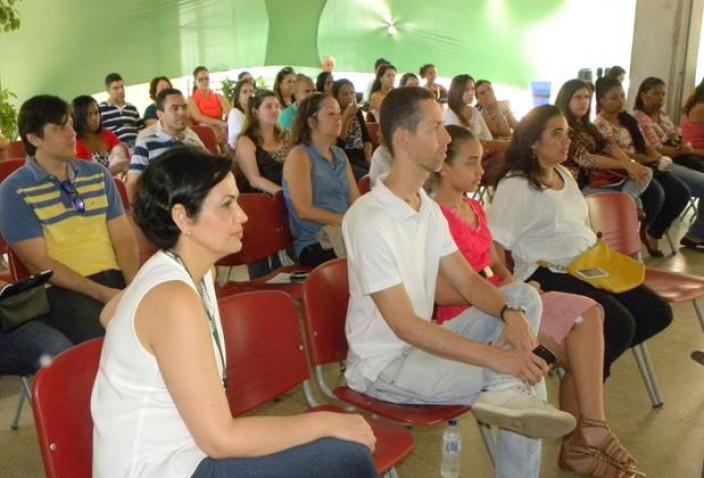 Bahiana-Distrofias-Musculares-Discussao-16-07-16_%286%29.jpg