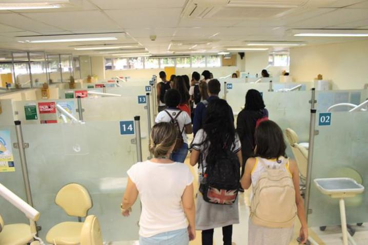 visita-ao-centro-odontologico-da-bahiana-20170831144223-jpg