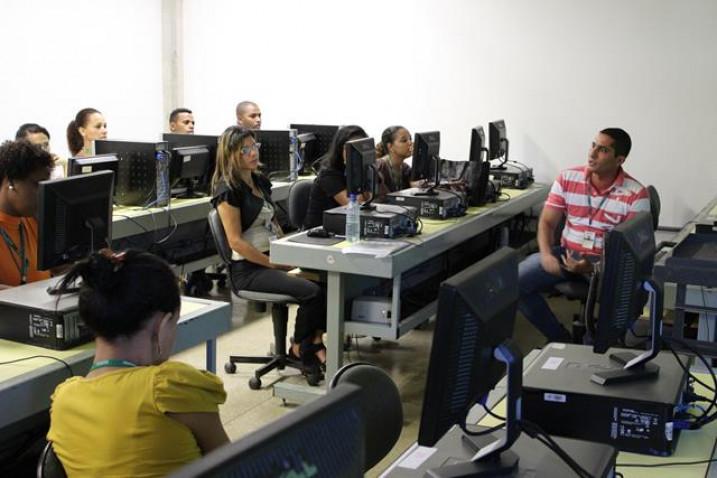 capacitacao-equipe-laboratorial-bahiana-2013-5-jpg