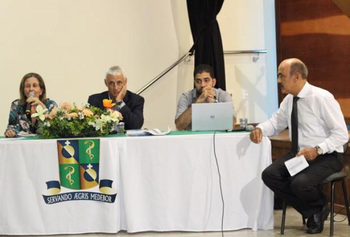 Bahiana-IX-Seminario-Intenato-Medico-SIM-18-03-2016_%2826%29.jpg