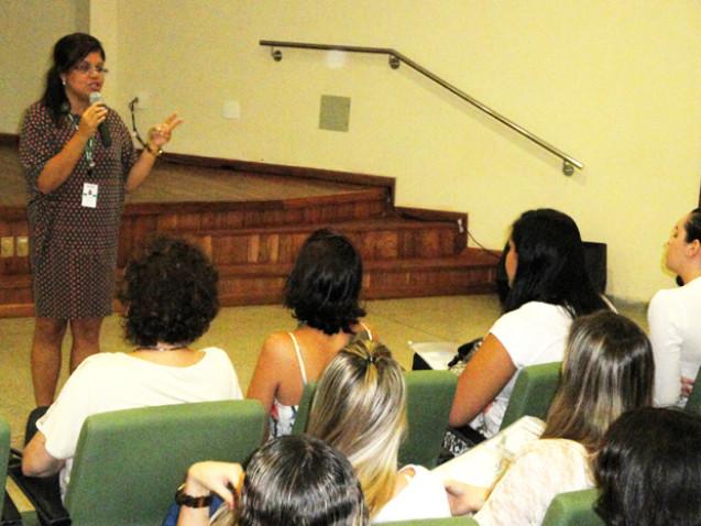 encontro-ex-alunos-enfermagem-bahiana-2012-11-jpg