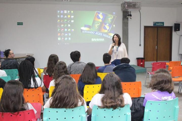 atividade-colegio-anglo-cine-bio-150818-6-20180921093428.JPG