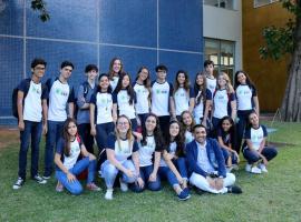 Jovens do Colégio Sartre Monet conhecem a estrutura dos cursos da Bahiana