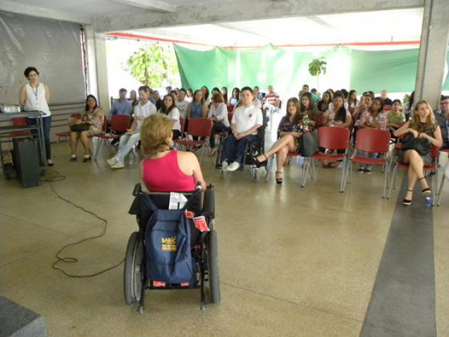 Bahiana-Distrofias-Musculares-Discussao-16-07-16_%2826%29.jpg
