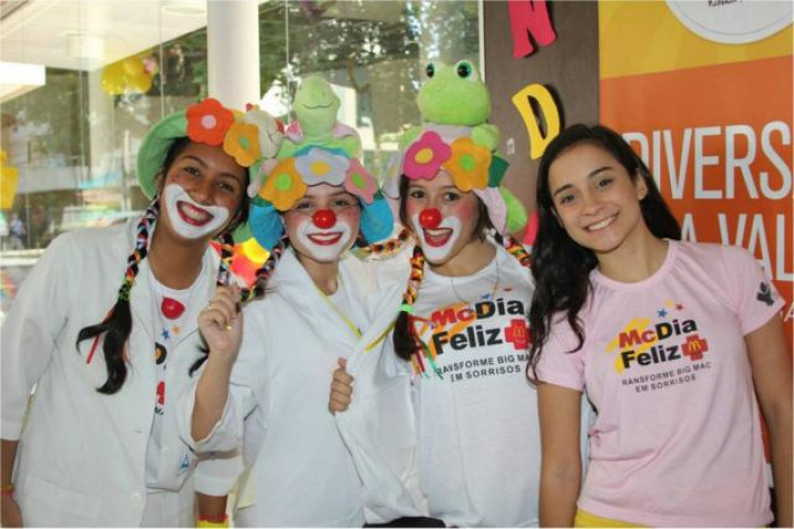 MC_Dia_Feliz_Enfermagem_Bahiana_2012_%2810%29.jpg