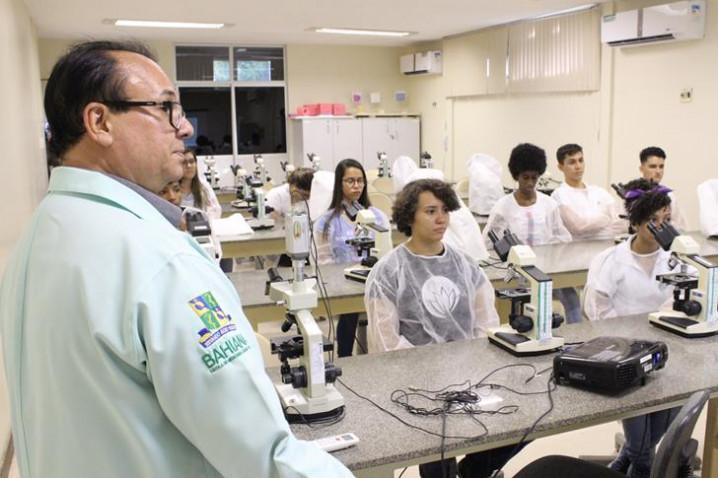foto-14-atividade-de-biomedicina-com-prof-adalardo-carneiro-2-20181109164741-jpg