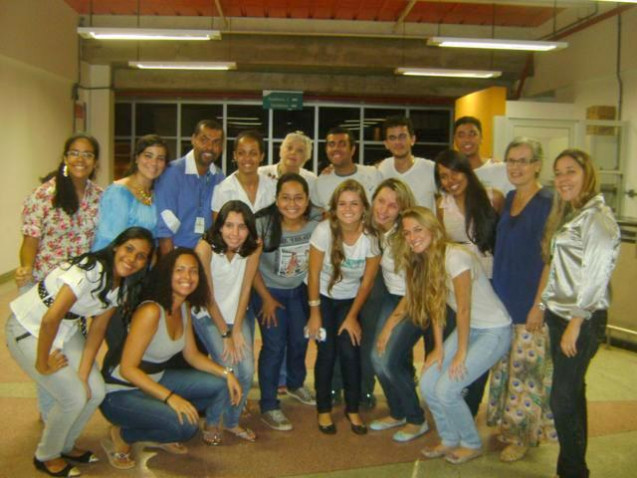Ciencia_Acaraje_Bahiana_Pet_Biomedicina_2013_%281%29.JPG