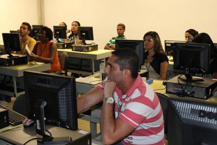 capacitacao-equipe-laboratorial-bahiana-2013-7-jpg