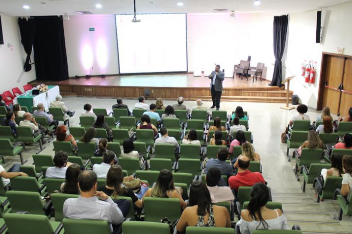fotos-aulainaugural-pos-graduacao-2018-57-20180227175113.jpg