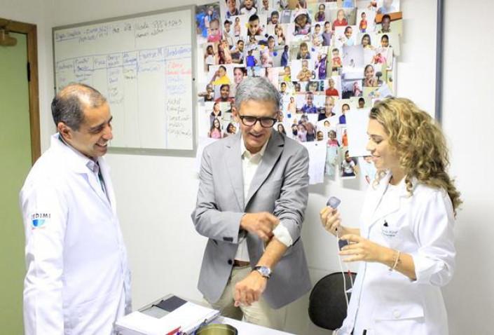 CEDIMI-Visita-Urologista-Americano-BAHIANA-07-10-2015_%281%29.jpg