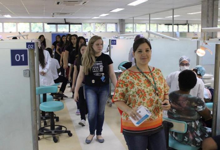 visita-ao-centro-odontologico-com-a-supervisora-lisia-oliveira-20180927195406-jpg