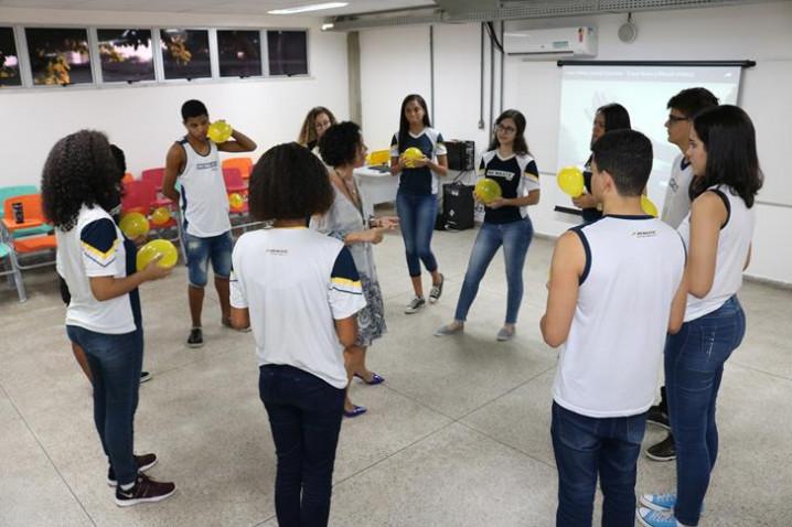 bahiana-por-um-dia-colegio-resgate-20194-20190529120720.JPG