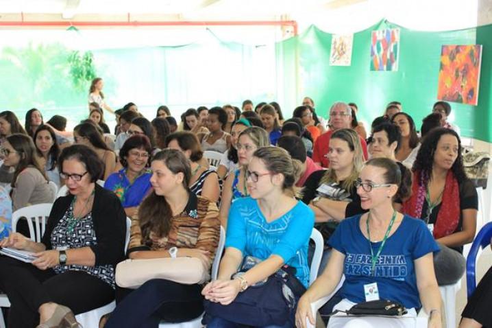 Dia-Psicologo-Palestra-Musicoterapia-Bahiana-27-08-2015_%287%29.jpg