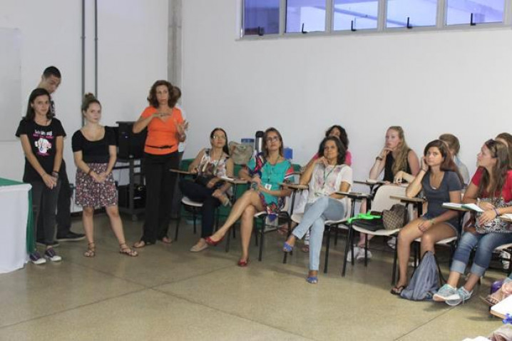 Visita-Navio-Escola-Bahiana-11-11-2015_%282%29.jpg