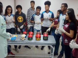 Estudantes do ensino médio vivenciam a Bahiana por um dia